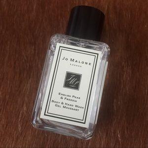JO MALONE ENGLISH PEAR & FREESIA HAND WASH 15ml